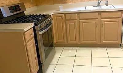 Kitchen, 3561 Amboy Rd, 1