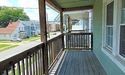 Patio / Deck, 856 W 43rd St, 2