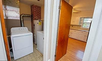 Bathroom, 701 Richwil Dr, 2