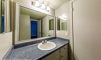 Bathroom, 3101 Tom Greene #105, 2