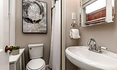 Bathroom, 1708 Park Ave, 2
