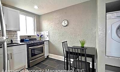 Kitchen, 2830 Wyandot St, 2