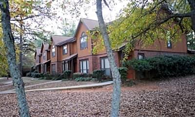 Salem Glen Apartments, 2