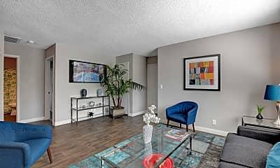 Living Room, 5301 W Pioneer Ave, 1