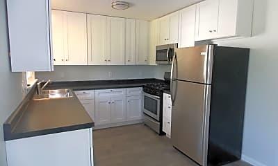 Kitchen, 2059 Burns Ave, 1