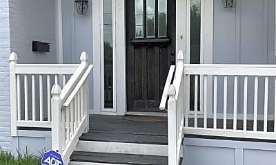 Patio / Deck, 3733 Griggs Rd, 2