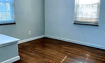Living Room, 5220 Lannoo St, 2