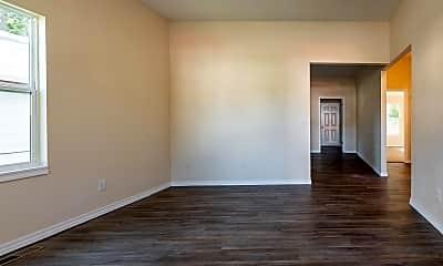 Living Room, 1457 N Texas Ave, 1