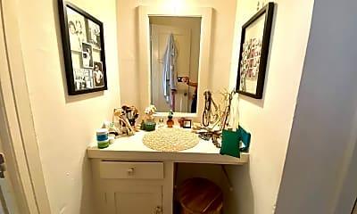 Bathroom, 1831 N New Hampshire Ave, 1