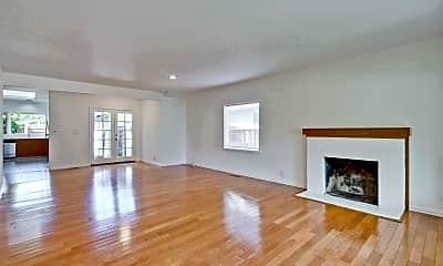 Living Room, 2878 Bryant St, 1