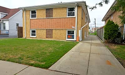 Building, 2064 N 18th Ave 2R, 0