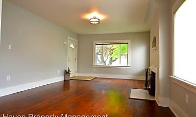 Living Room, 4511 N 45th St, 1