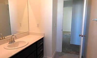 Bathroom, 4449 Sierra Pine Way, 2