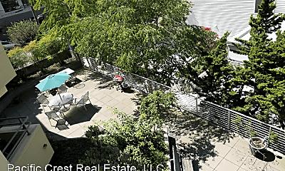 Lake Union Terrace 210 E Blaine Street, 1