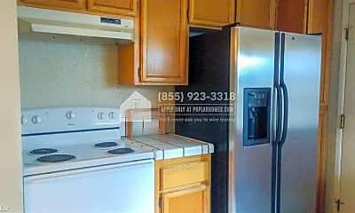 Kitchen, 4475 Red Oak Common, 1