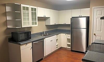 Kitchen, 102 Garden Ct, 1