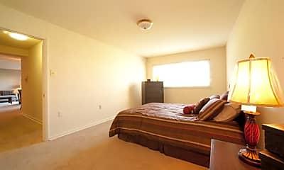 Bedroom, Pennbrooke Station, 2