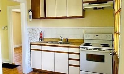 Kitchen, 7722 Panola St C, 1