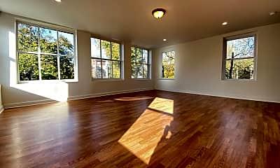 Living Room, 153 Grand St, 0