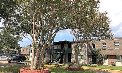 La Belle Maison Apartments, 0