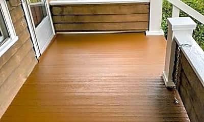 Patio / Deck, 157 E Maynard Ave, 1