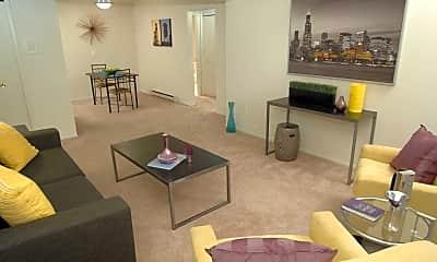 Living Room, Chatsford Village Apartments, 1