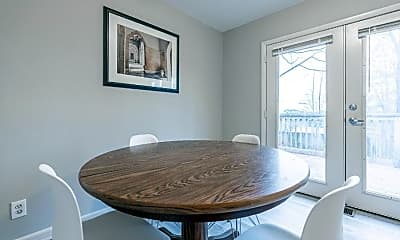 Dining Room, Room for Rent -  a 5 minute walk to bus 74, 0