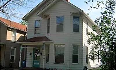 Building, 903 Iowa Ave, 0