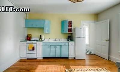 Living Room, 829 Belmont Ave, 2