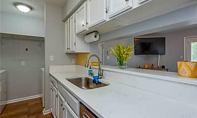 Kitchen, 12633 Daybreak Cir, 1