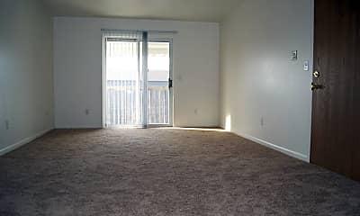 Living Room, 583 W Randall St, 1