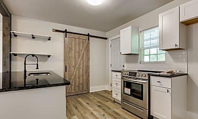 Kitchen, 630 E Comanche St, 0
