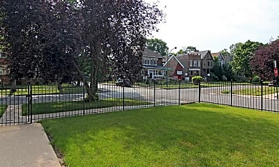 Courtyard, 7152 South Emerald Avenue, 2