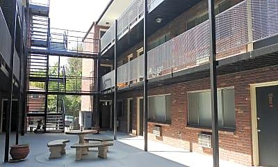 Ocelot Apartments, 2
