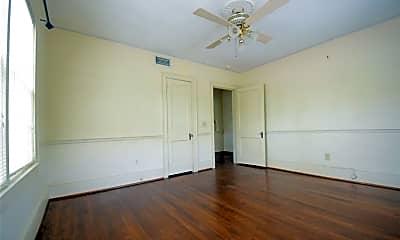 Bedroom, 908 Clarendon St, 2