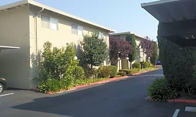 Walnut Creek Apartments, 0