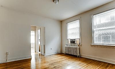 Living Room, 1818 Pine St, 1