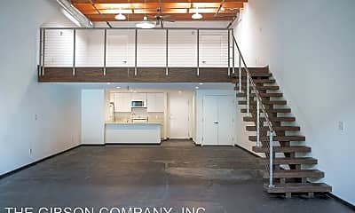 Kitchen, 4100 Commerce St, 1