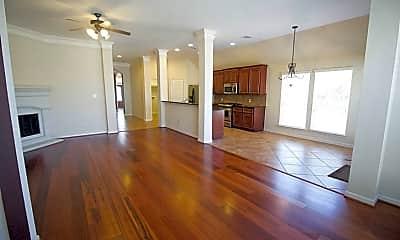 Living Room, 4010 Wolf Springs Ct, 1