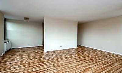 Living Room, 5701 N Sheridan Rd 3U, 1