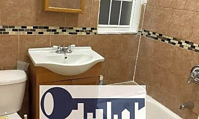 Bathroom, 895 Irvine St, 1