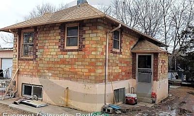 Building, 11651 Brighton Rd, 2