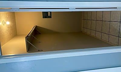 Kitchen, 643 FM247, 2
