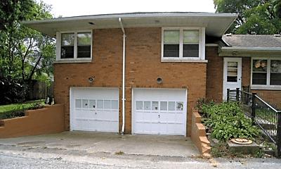 Building, 6245 Moraine Ave, 1