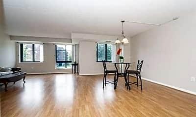 Living Room, 200 Ledgewood Dr, 0