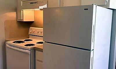Kitchen, 5303 St Georges Green, 2