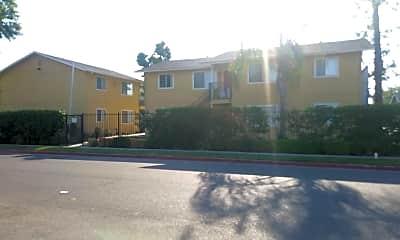 Laurel Canyon Apartments, 2