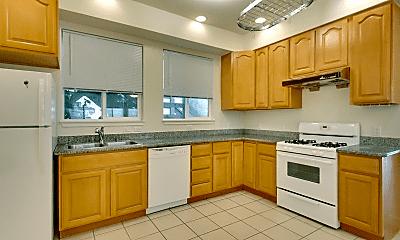 Kitchen, 2823 Golden Gate Ave, 0