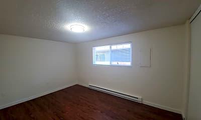 Bedroom, 711 E 19th St, 2