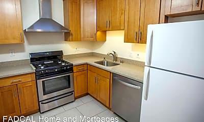 Kitchen, 828 Bay St, 1